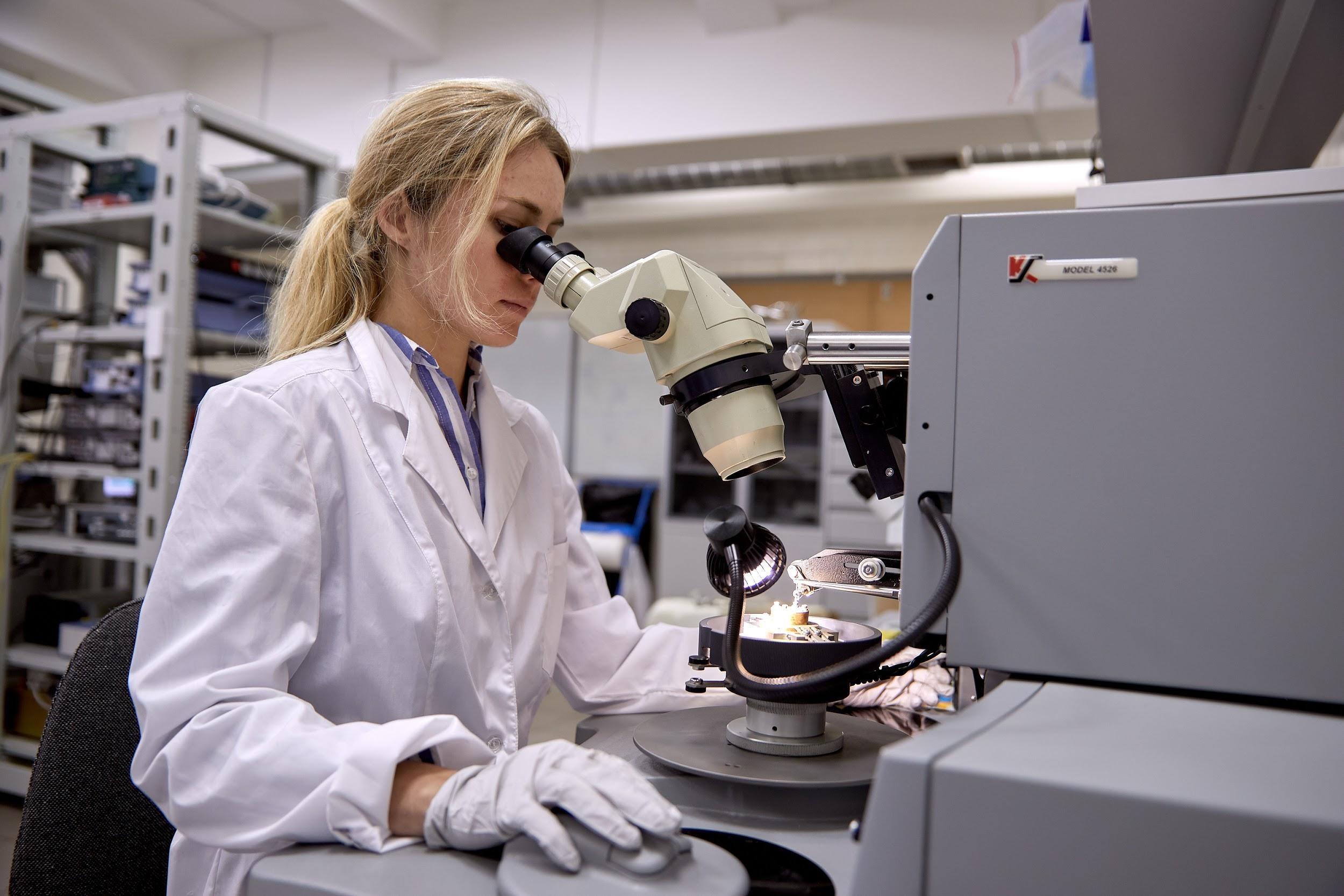 Ученые в РФ нашли растение, защищающее от коронавируса