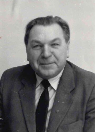 Кузьмичев