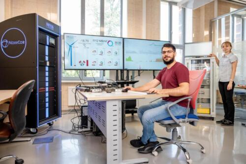 Рабочий процесс в лаборатории накопителей энергии МФТИ